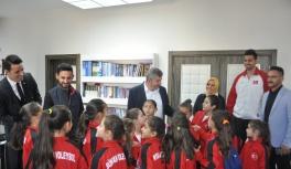 Bünyan'ın Minik Voleybolcularından Başkan Altun'a Ziyaret