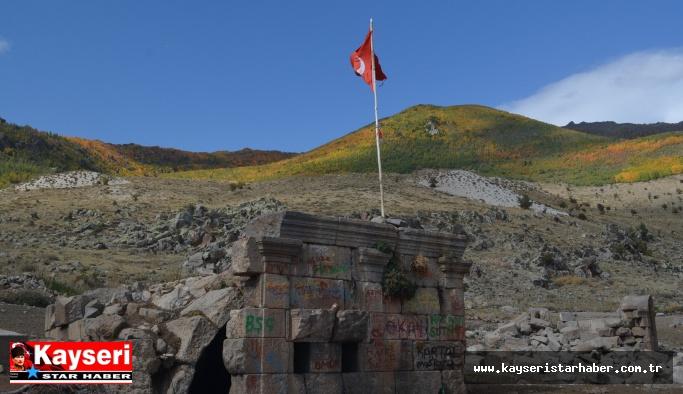 Erciyes'in eteğindeki tarihi kent: Gereme harabeleri