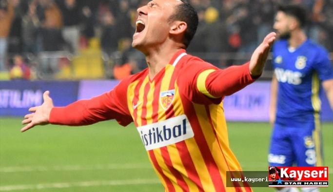 Fenerbahçe Maçları Umut'a Yarıyor