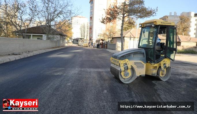 Melikgazi'de asfalt çalışmalarına devam
