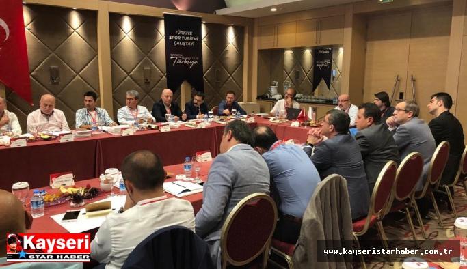 Rektör Karamustafa, 'Türkiye Spor Turizmi Çalıştayı'na katıldı