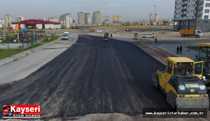 Yeşilyurt mahallesinde asfalt çalışması
