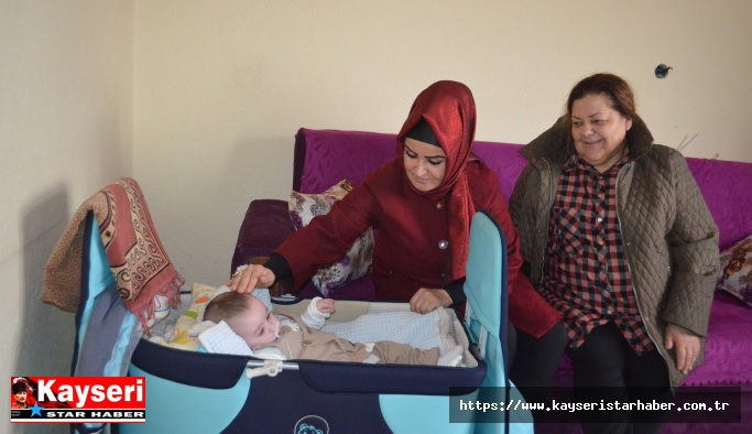 Anteplioğlu yardım bekleyen aileyi ziyaret etti