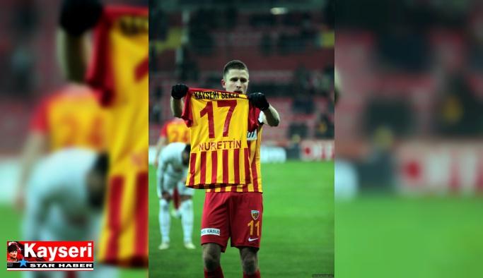 Artem Kravets golünü ona hediye etti