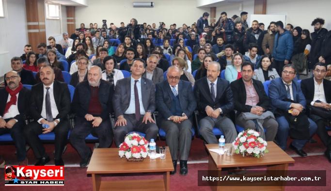 """Kayseri Üniversitesi'nde """"Yeni Medya"""" Konulu Söyleşi Düzenlendi"""