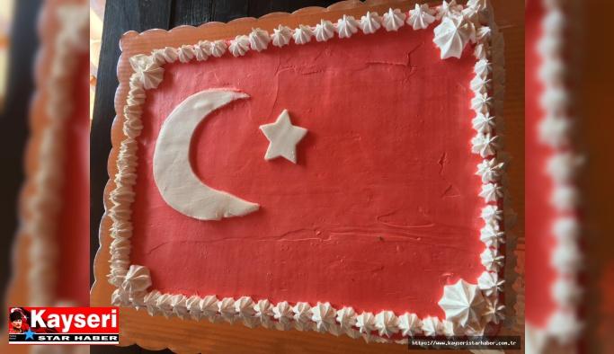 Meksikalı hasta, doğum gününü Türk bayrakları ile kutladı