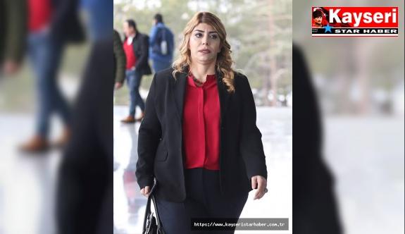 """Kayserispor Başkanı Berna Gözbaşı, """"Kayserili hainler var, Kimse Kayserispor'a operasyon çekemez """"dedi ve ekledi;"""