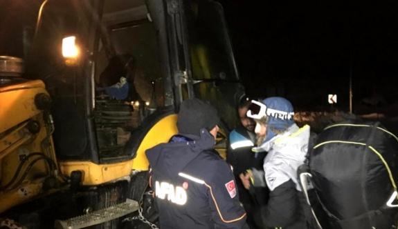 Ali Dağında mahsur kalan paraşütçü kurtarıldı