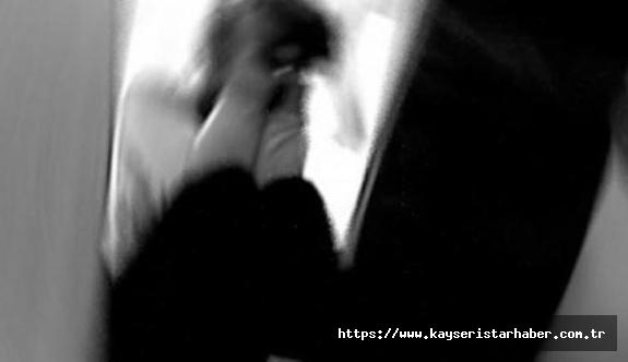 Öz kızına istismar sanığı baba: İffetsizlik yapıyordu