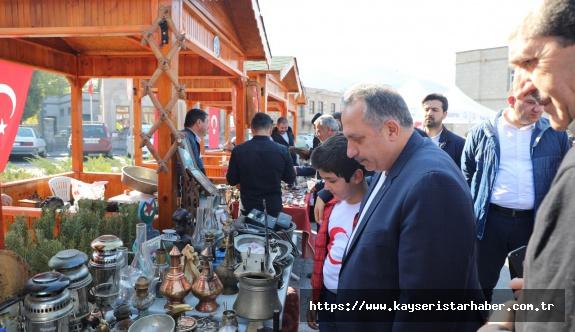 Bu pazar antika pazarı