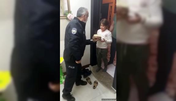 10 yaşına giren Emir Kağan'a 'Pasta' sürprizi
