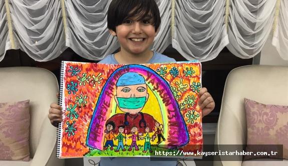 8 yaşındaki Abdullah Efe'den anlamlı resim