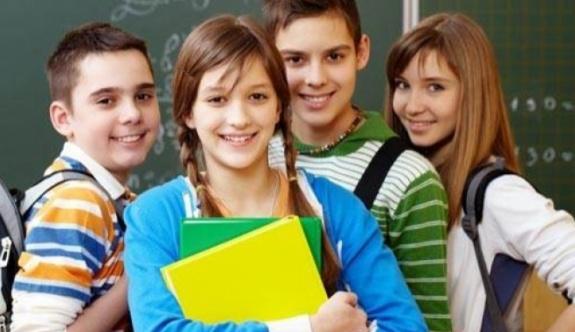 FLAŞ: Bütün öğrenciler bir üst sınıfa geçecek