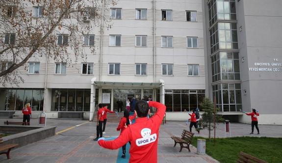 Büyükşehir'den Lösemili hastalara sürpriz eğlence