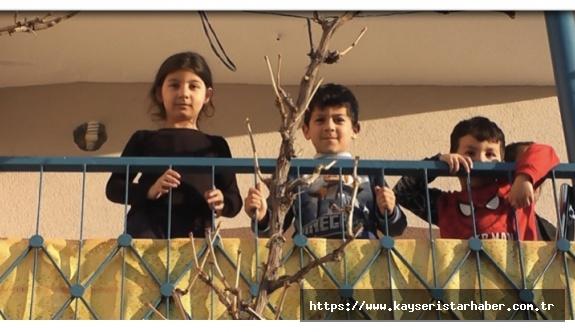 Çocuklar okulu özledi