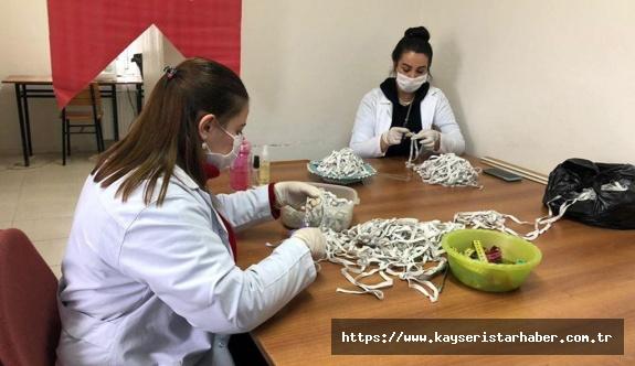 Devlet Korumasındaki Kadın, Genç, Yaşlı ve Engelliler Maske Üretimi İçin Seferber Oldu