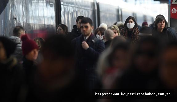 İtalya'da son 24 saatte 415 kişi öldü, can kaybı 26 bin 384'e ulaştı