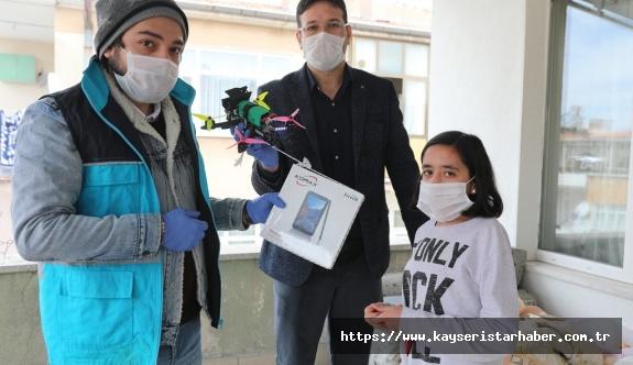 Kocasinan, kendi ürettiği drone ile yüreklere dokundu