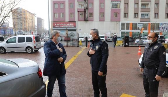 Palancıoğlu görev başındaki polisleri ziyaret etti