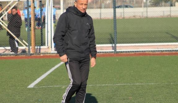 Akparlar: Türk futbolcusuna güvenilsin