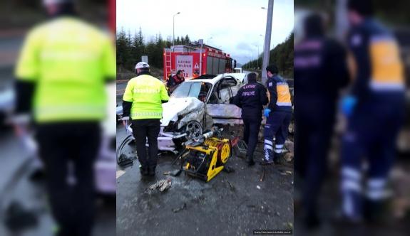 İstinat duvarına çarpan araç hurdaya döndü: 1 ölü, 2 yaralı