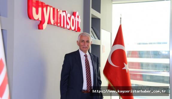 """Uyumsoft Başkanı Mehmet Önder,  """"Teknolojinin girmediği hiçbir yerde, Arge ve İnovasyon yoktur"""""""