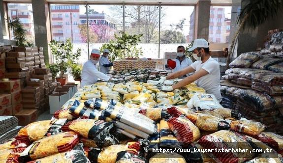 Zeytinburnu'nda Ramazan'a Virüs Engeli Yok