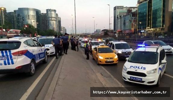 5 kişi, taksiciyi rehin alıp bombalı saldırı tehdidinde bulundu
