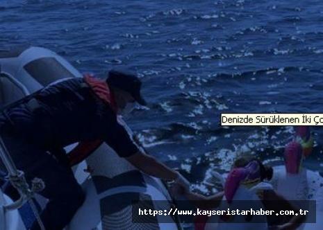 Denizde Sürüklenen İki Çocuğa Sahil Güvenlik'ten Yardım Eli