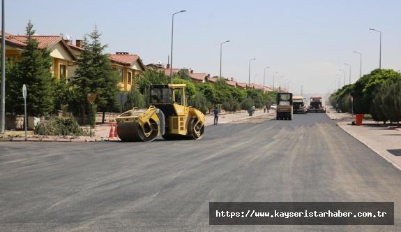 Erenköy Mahallesi Asfaltlanıyor