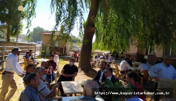 İYİ Parti İl Başkanı Hayvan ve Saman Pazarında besicileri dinledi