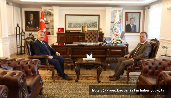 Kaymakam Karacan'dan Palancıoğlu'na ziyaret