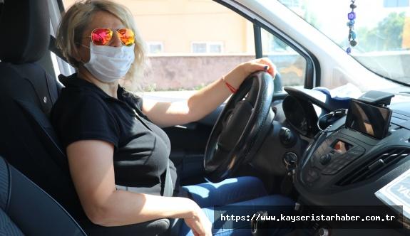 Kayseri'nin ilk kadın futbol hakemi taksi şoförü oldu