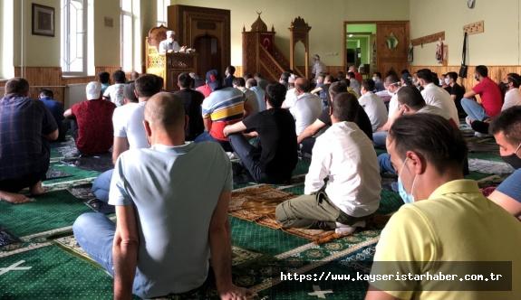 Macaristan'daki Müslümanlar Bayramda Budapeşte'de buluştu