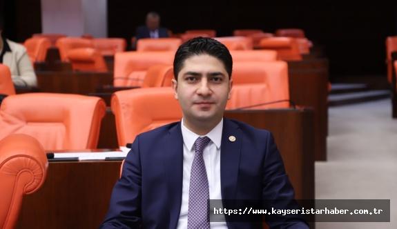 MHP'li Özdemir, Kayseri'deki resmi araç kullanımını Meclis gündemine taşıdı.