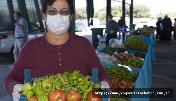 Organik Lezzetlerin Adresi; Doğal Ürünler Bahçesi ve Pazarı haftada 3 gün vatandaşlara hizmet veriyor