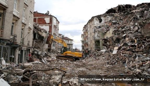 Unuttuğumuz depremin yıldönümü