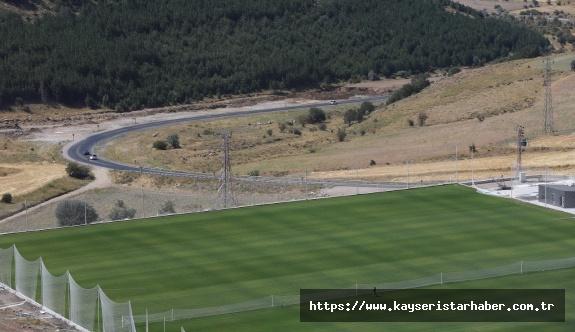 Yüksek İrtifa kamp merkezi kapılarını Erciyes Cup Futbol Turnuvası ile açıyor
