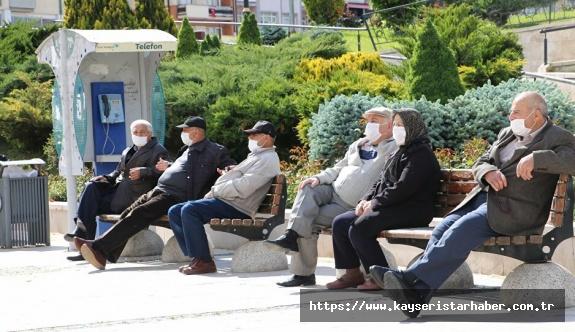 65 yaş üstü vatandaşlar için toplu taşıma araçları kullanım kısıtlaması! işte yeni saatler!