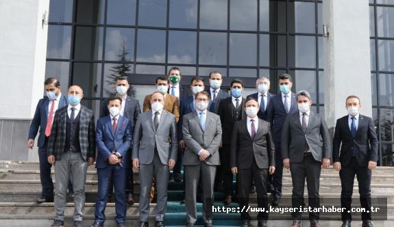 Afganistan Tarım, Sulama ve Hayvancılık Bakanı ERÜ Rektörü Çalış'ı ziyaret Etti