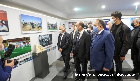Talas Belediyesi'nden Pandemiyle 1 Yıl Fotoğraf Sergisi