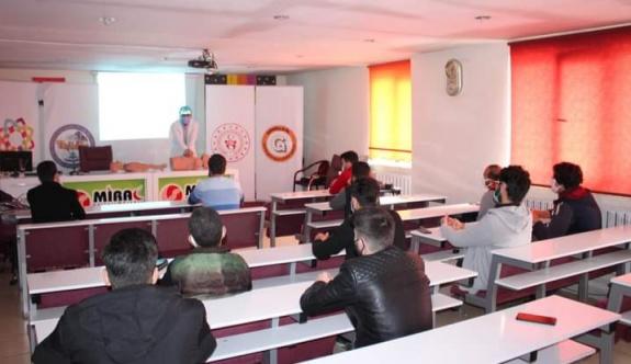 Türk ve Suriyeli Gençlere İlk Yardım ve Afet Eğitimi