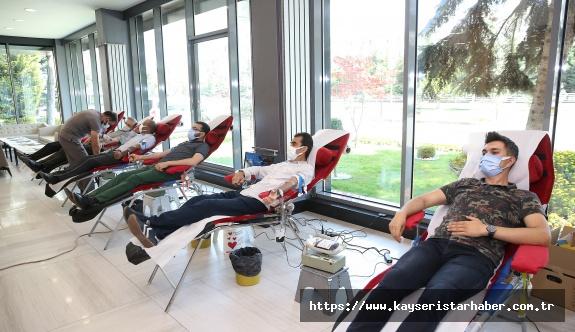 Büyükşehir Personelinden 'Kan Bağışı'  Seferberliği