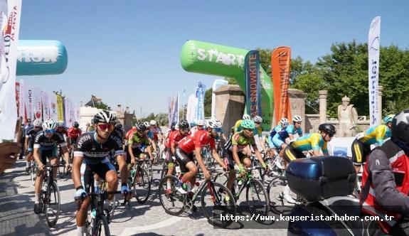 Kadim Kent Kayseri'de Uluslararası Erciyes Yol Bisiklet Yarışları  Heyecanı