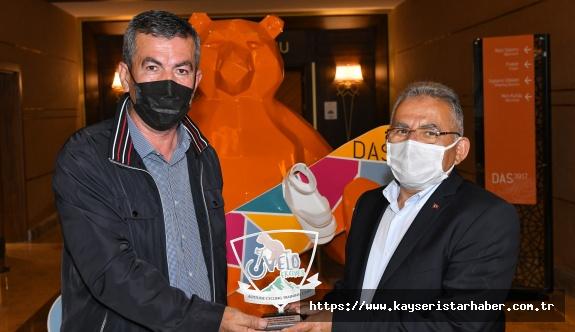 Büyükkılıç, Erciyes'i Tercih Eden Yabancı Sporcularla Bir Araya Geldi