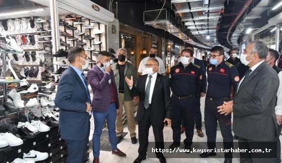 Başkan Büyükkılıç, 10 Milyon TL Yatırım Yapılan Yeraltı Çarşısında İncelemede Bulundu, Esnafı Ziyaret Etti