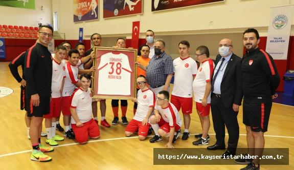 Başkan Yalçın'dan Futsal Milli Takımına Tam Destek