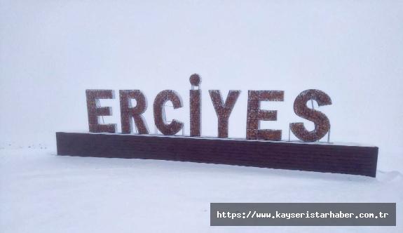 Erciyes, Sonbaharda Beyaz Gelinliğini Giydi