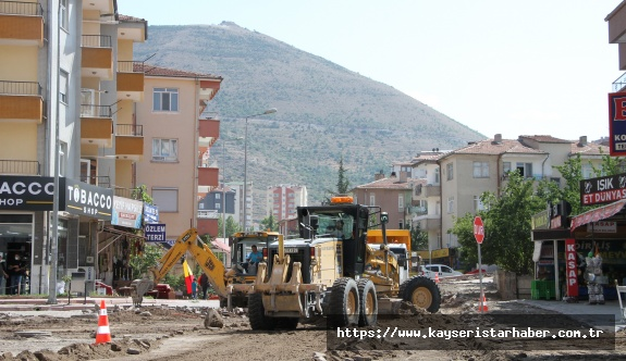 Talas' ta Kış Öncesi Hummalı Yol Çalışması