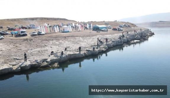 """""""3. Turna Balığı Tutma Yarışması"""" Amatör Balıkçıların Ve Develililerin Yoğun İlgisiyle Son Buldu"""